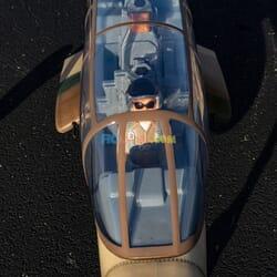 OV-10 Bronco 30cc ARF con Tren retractil
